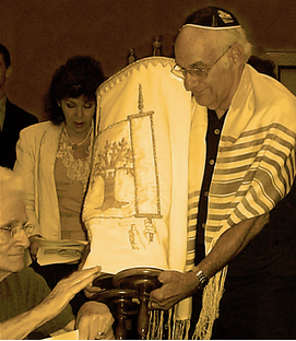 Deaf California Temple Donates Torah to Belarus Deaf Temple